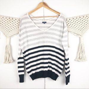 ⭐️ Splendid striped gray sweater long sleeve